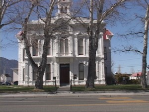 mono_courthouse_10-08