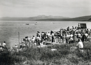 RAM 3302 SPEEDBOAT RACES: This speedboat race on Mono Lake in 1935 was part of a Mark Twain Day celebration. Photo courtesy Eastern California Museum.